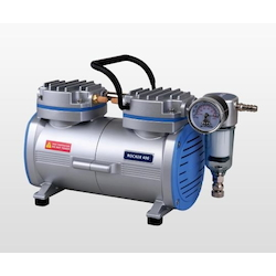 Oil-Less Suction Pump 34/37L/Min