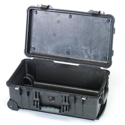 Extra Heavy-Duty Waterproof Case EA657-156NF